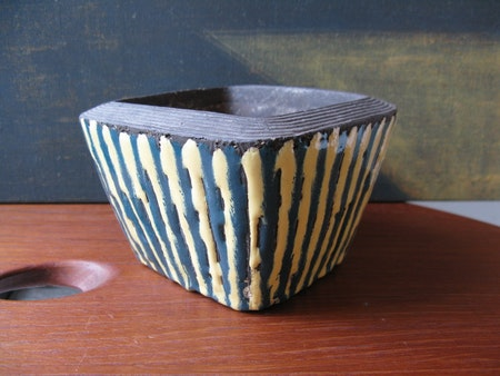 Striped Bowl 5032