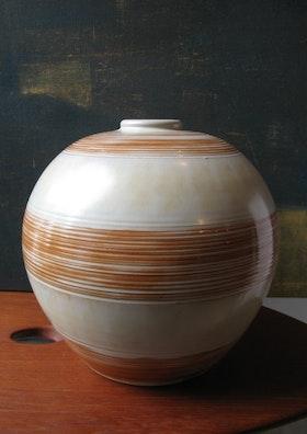 Striped Globe vase 3154