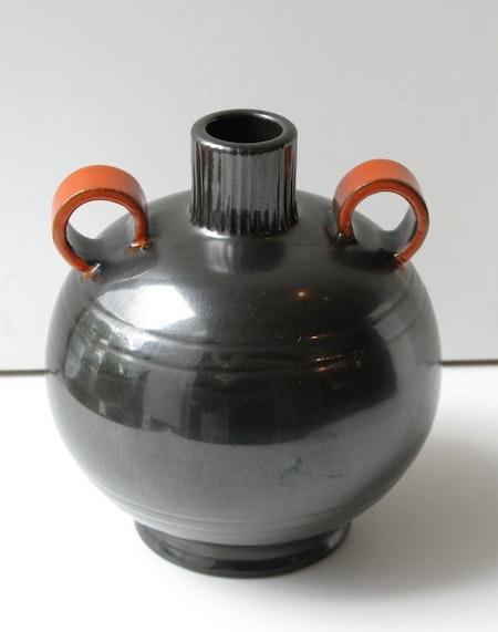 Black/orange vase 2646