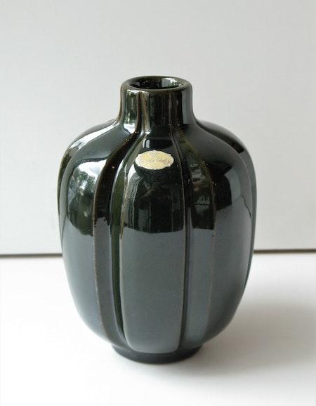 Brown vase 415