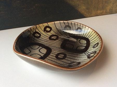 Manet bowl 2115