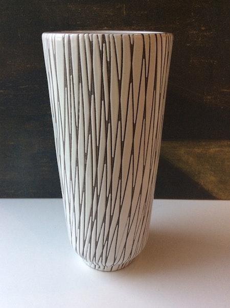 Mars vase 4086