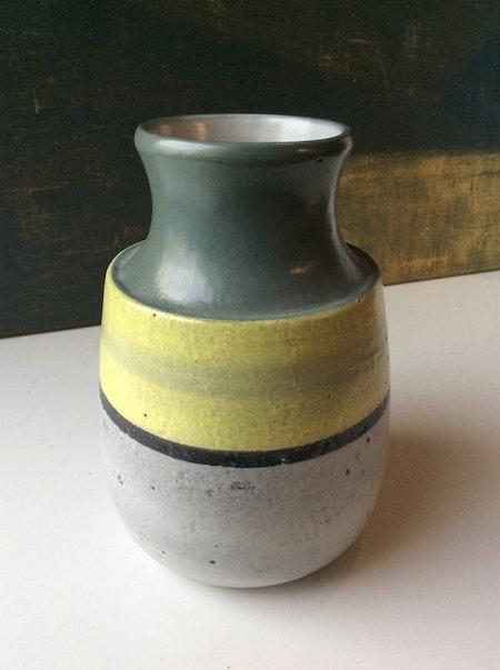 Lady vase 9053M