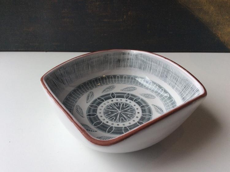 Grafika bowl 117