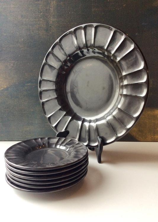 Black plate 2355
