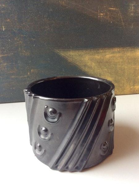 Black tobacco jar 3023