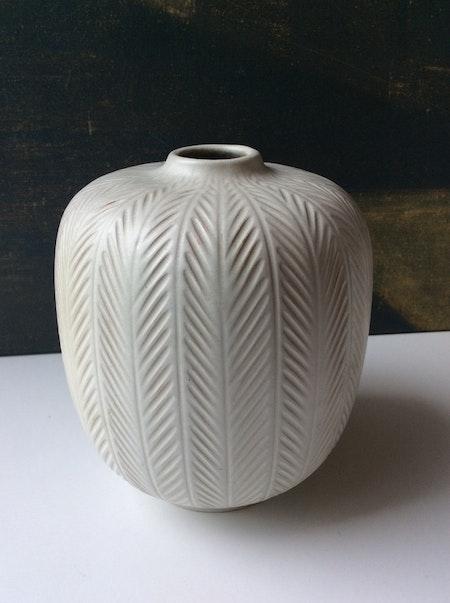 Fishbone vase 23