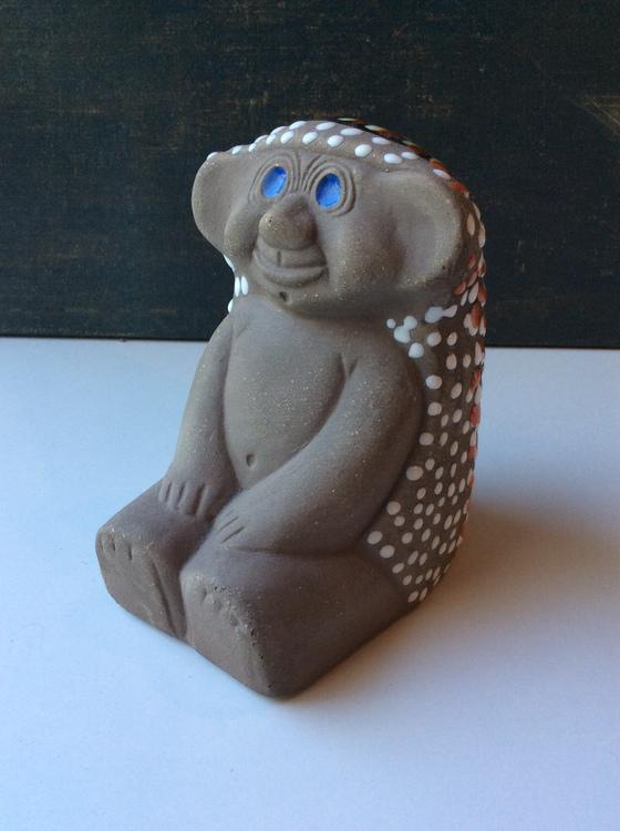 Blue-eyed troll 43145/746