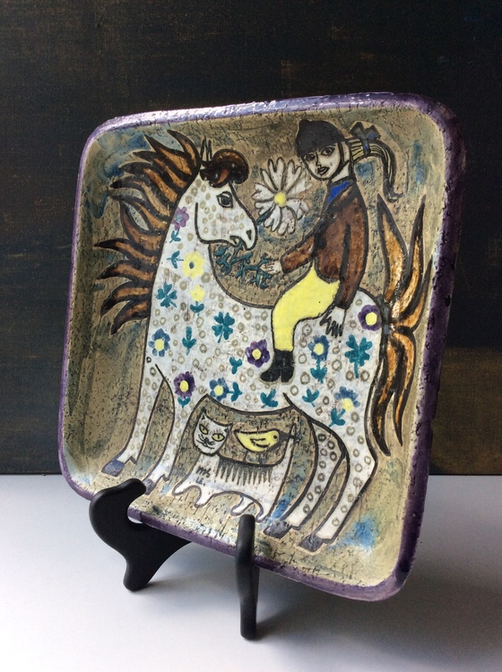 White horse wall plate 4063