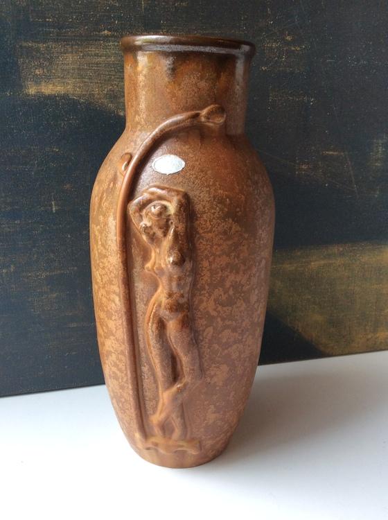 Brownish Art Deco vase 77