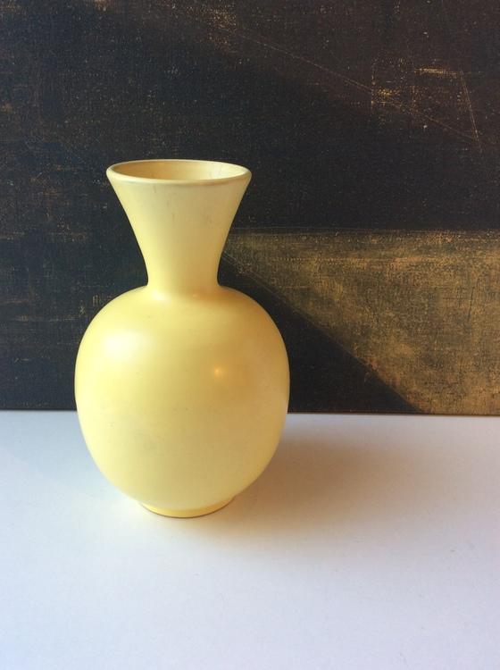 Yellow vase 246
