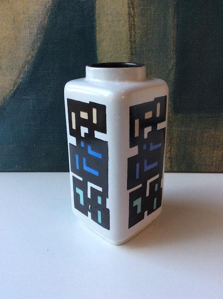 Fasad vase 5081