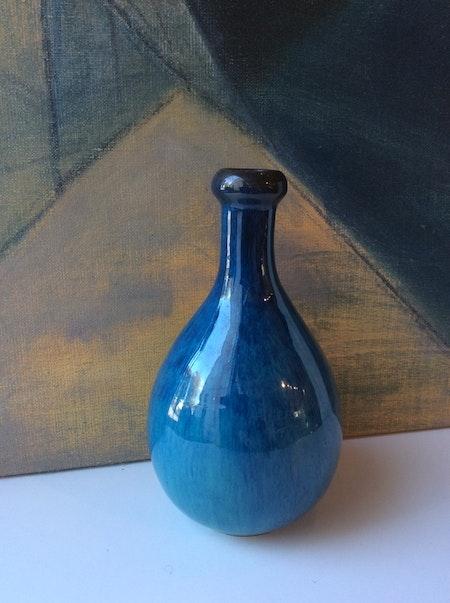 Blue vase 345
