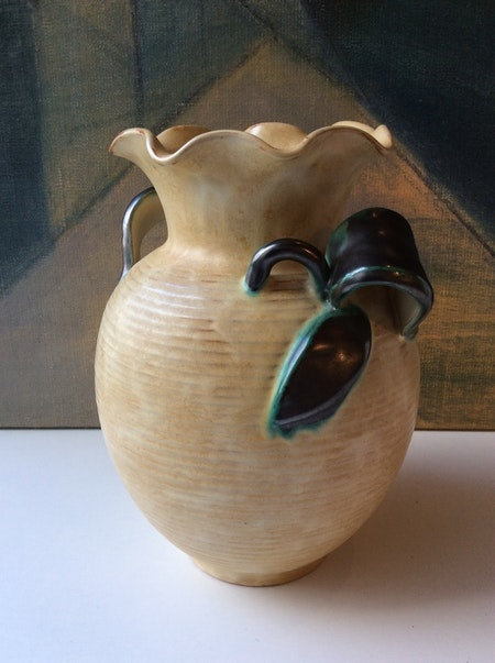 Yellow/green vase 220