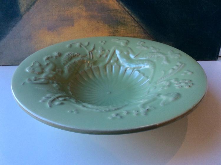 Green bowl 68