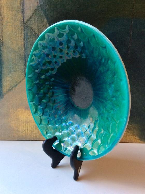 Green/white bowl 312