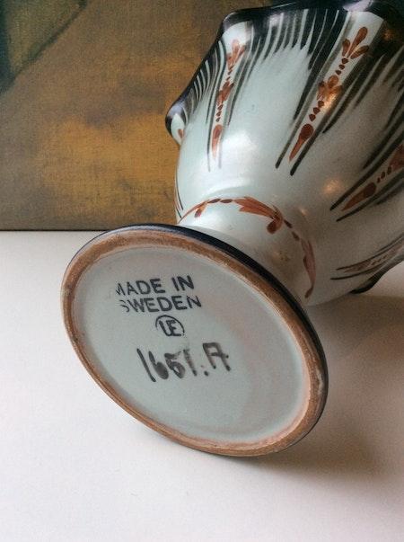 Vase 1651A