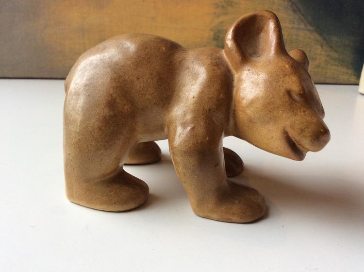 Bear figure 2 light brown
