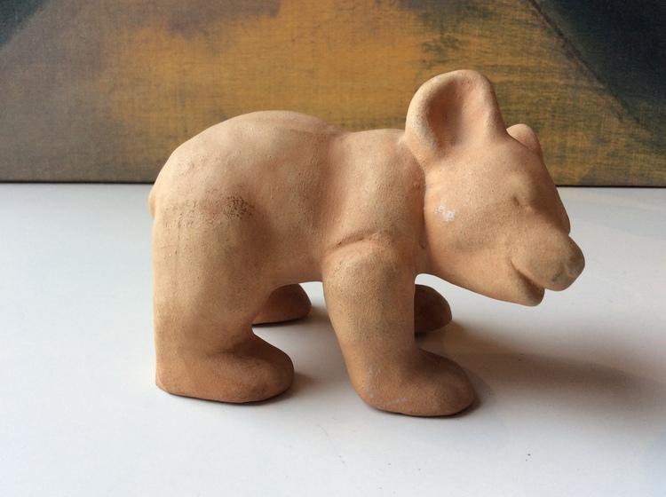 Bear figure 2 unglazed