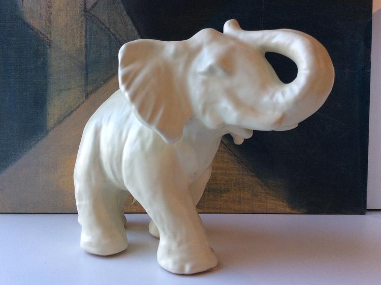 White elephant 10