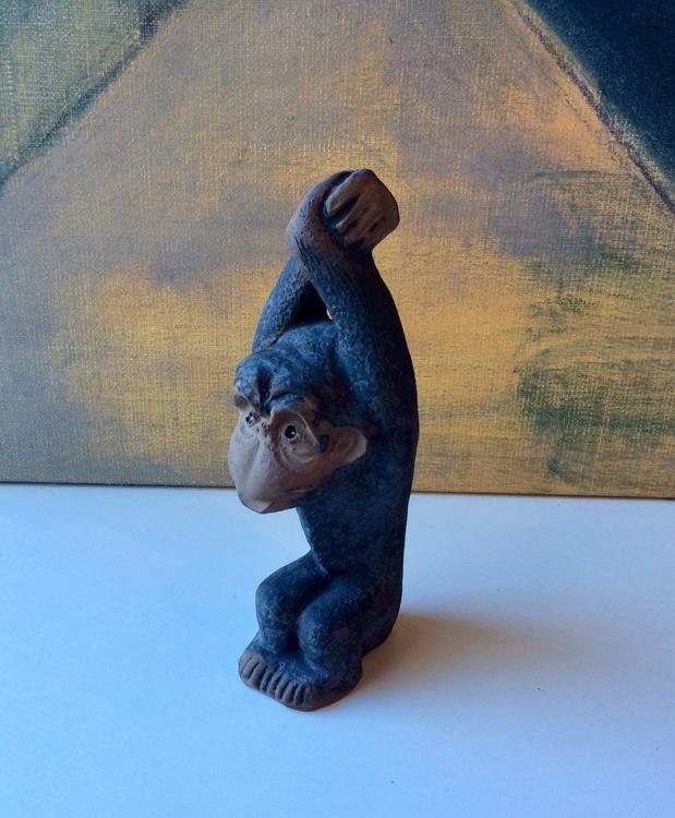 Monkey figure 0115E