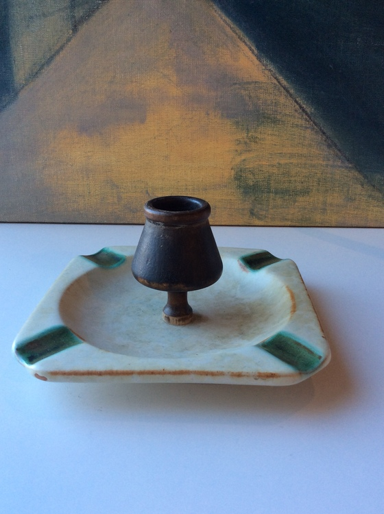 Grey/green ashtray 1