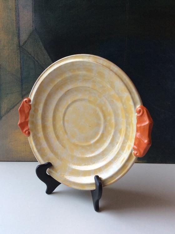 Yellowish plate 3139B