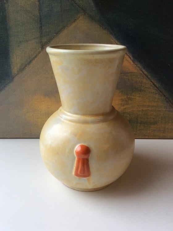 Yellowish vase 112