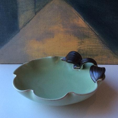 Green/brown bowl 190