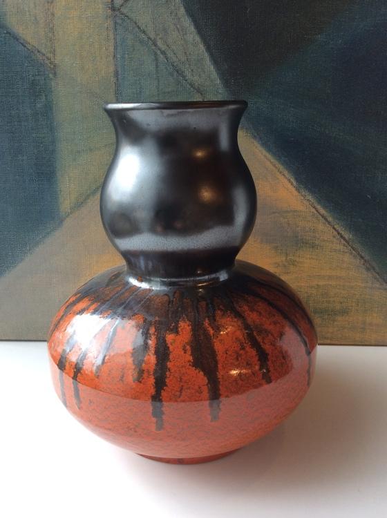 Orange/black vase 2153