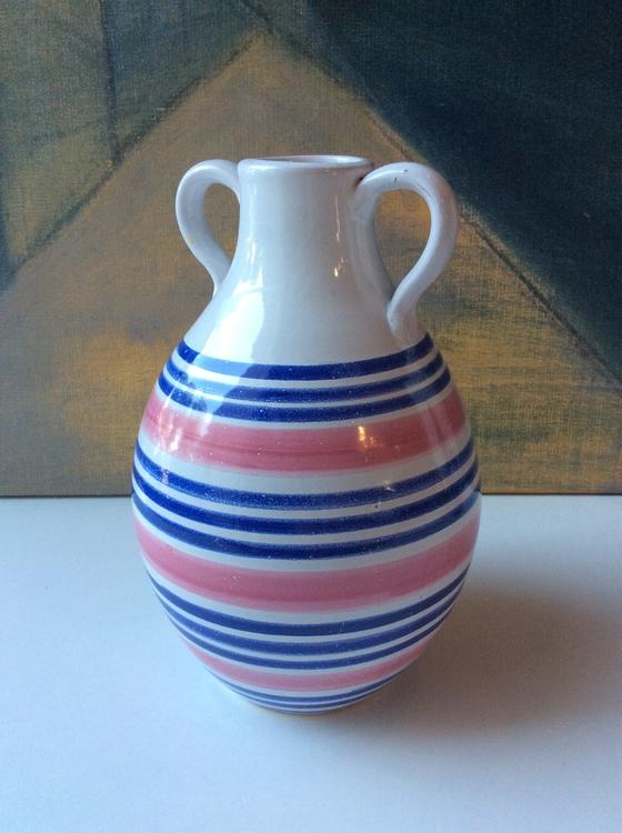 Tricolor vase 643