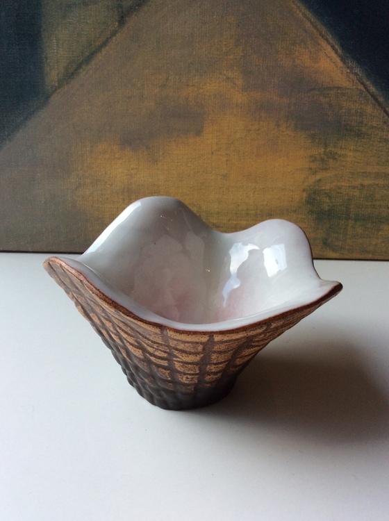 Shell bowl 3036