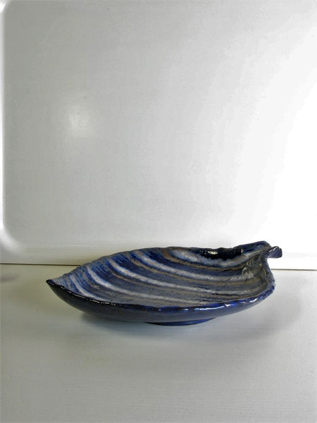 Plate with stripes 1003