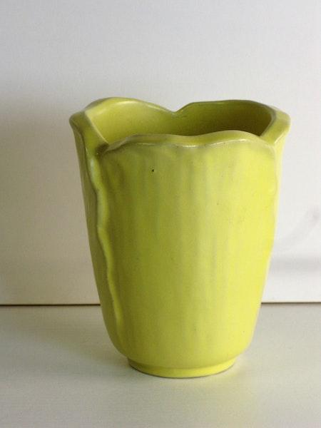 Yellow vase 129