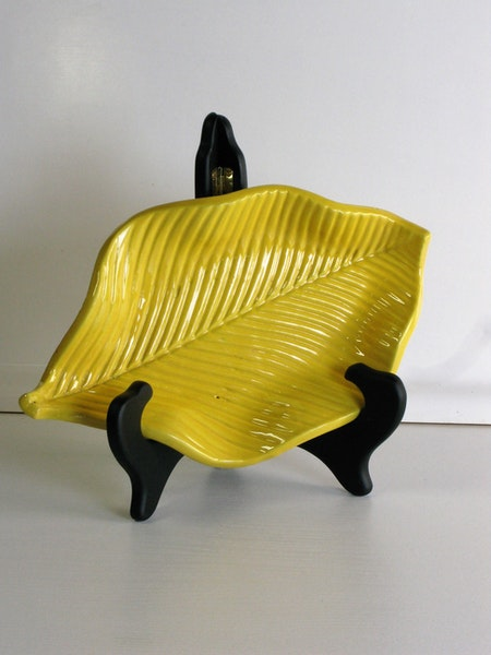 yellow leaf bowl 183