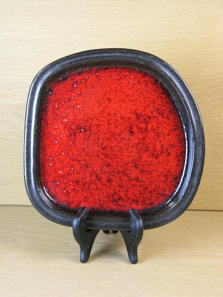 red bowl 0165m