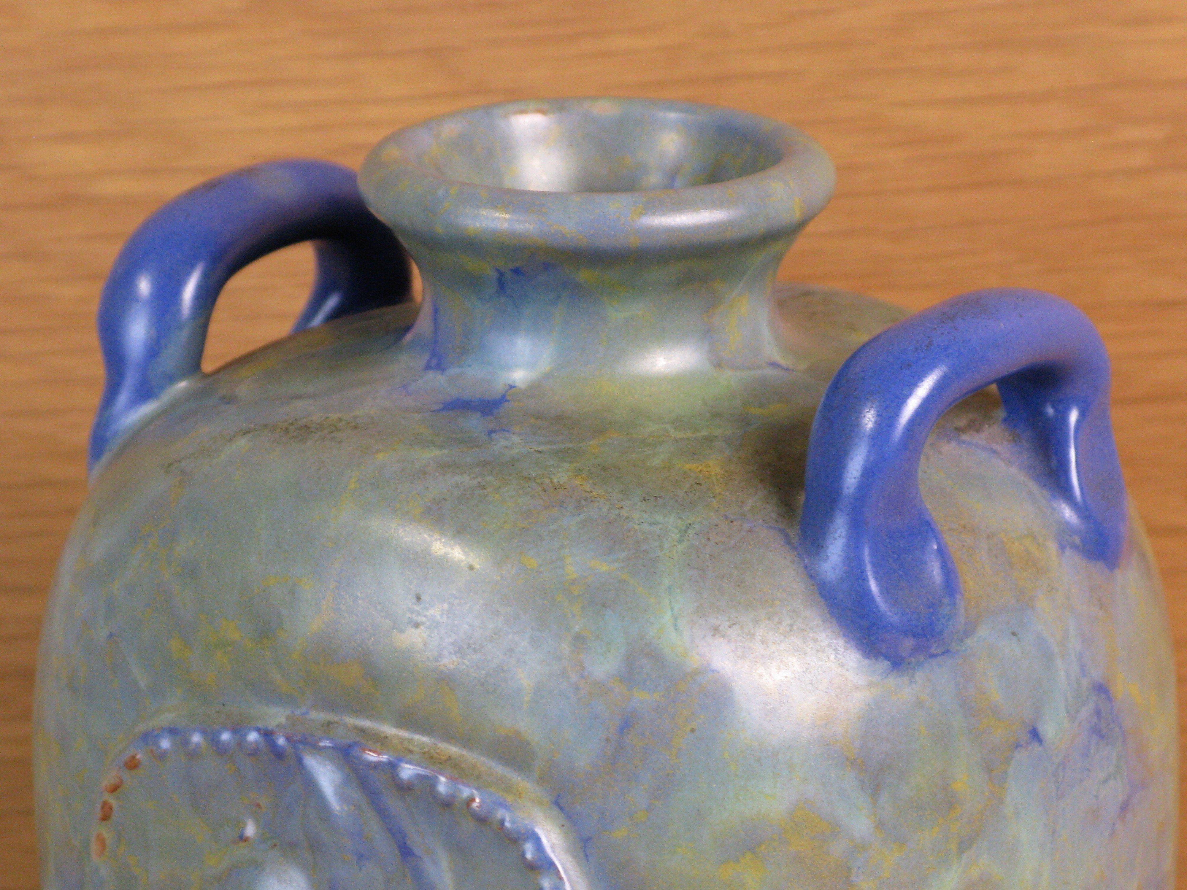 green/blue vase 48