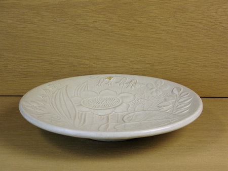 white relief bowl 124