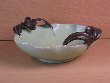 green bowl 99 with brown handles