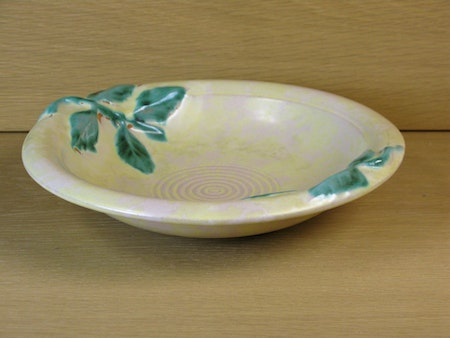 yellowish bowl 79 with green details