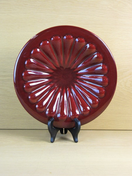 burgundy bowl 382