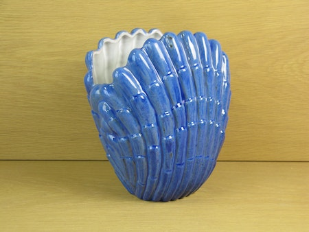 large blue shell vase 343