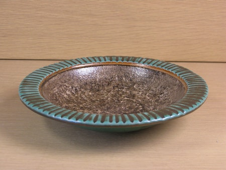 green and brown bowl