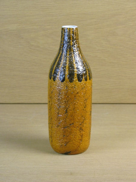eritrea vase 4475 sold
