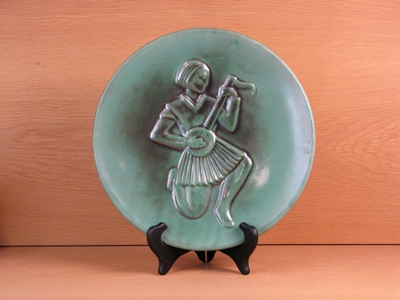 green wall plate 638