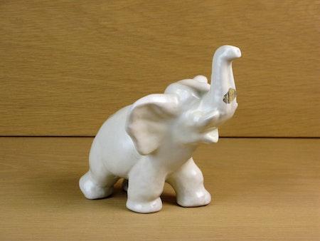 white elephant 103 sold