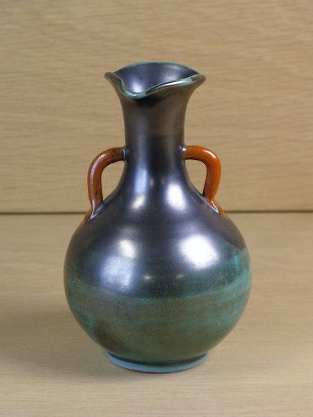 green/orange vase 1586a