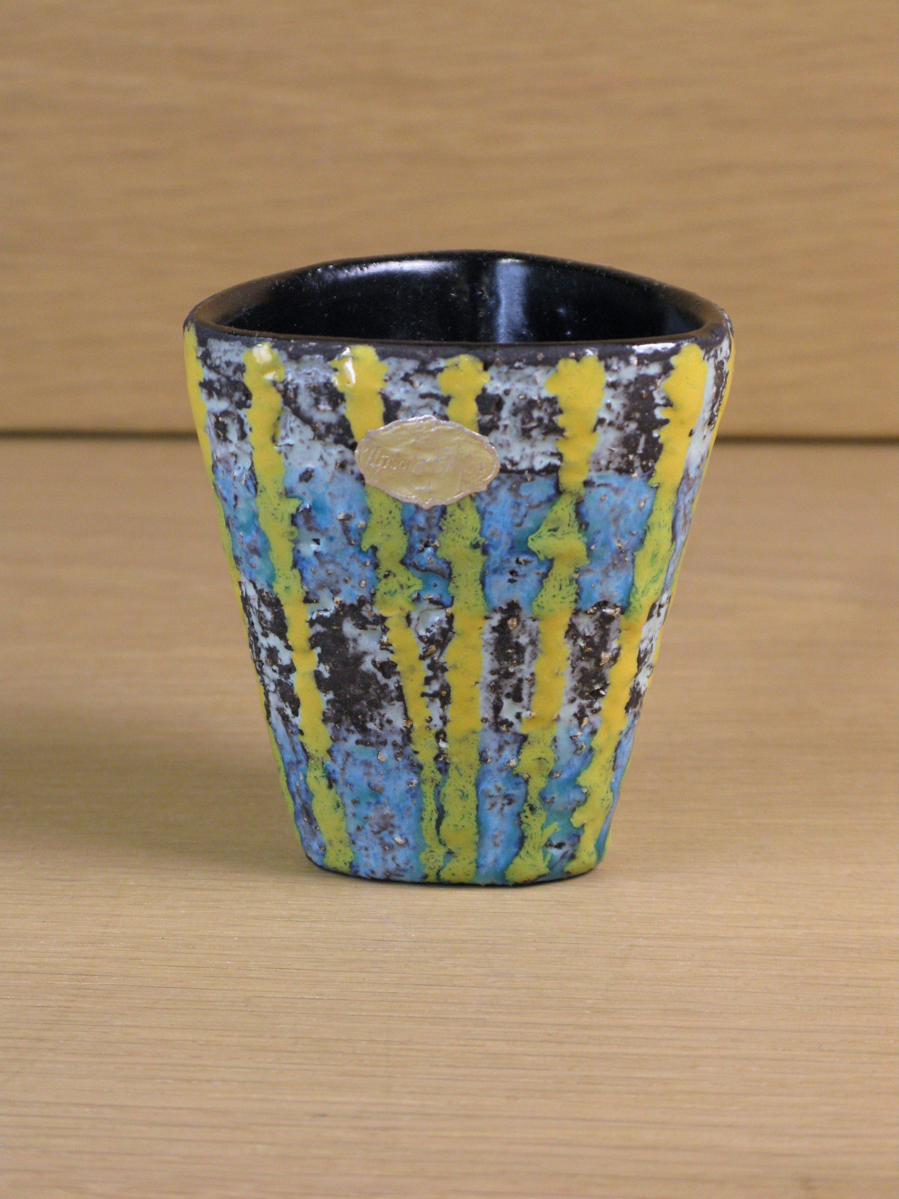 fiorella vase 2351