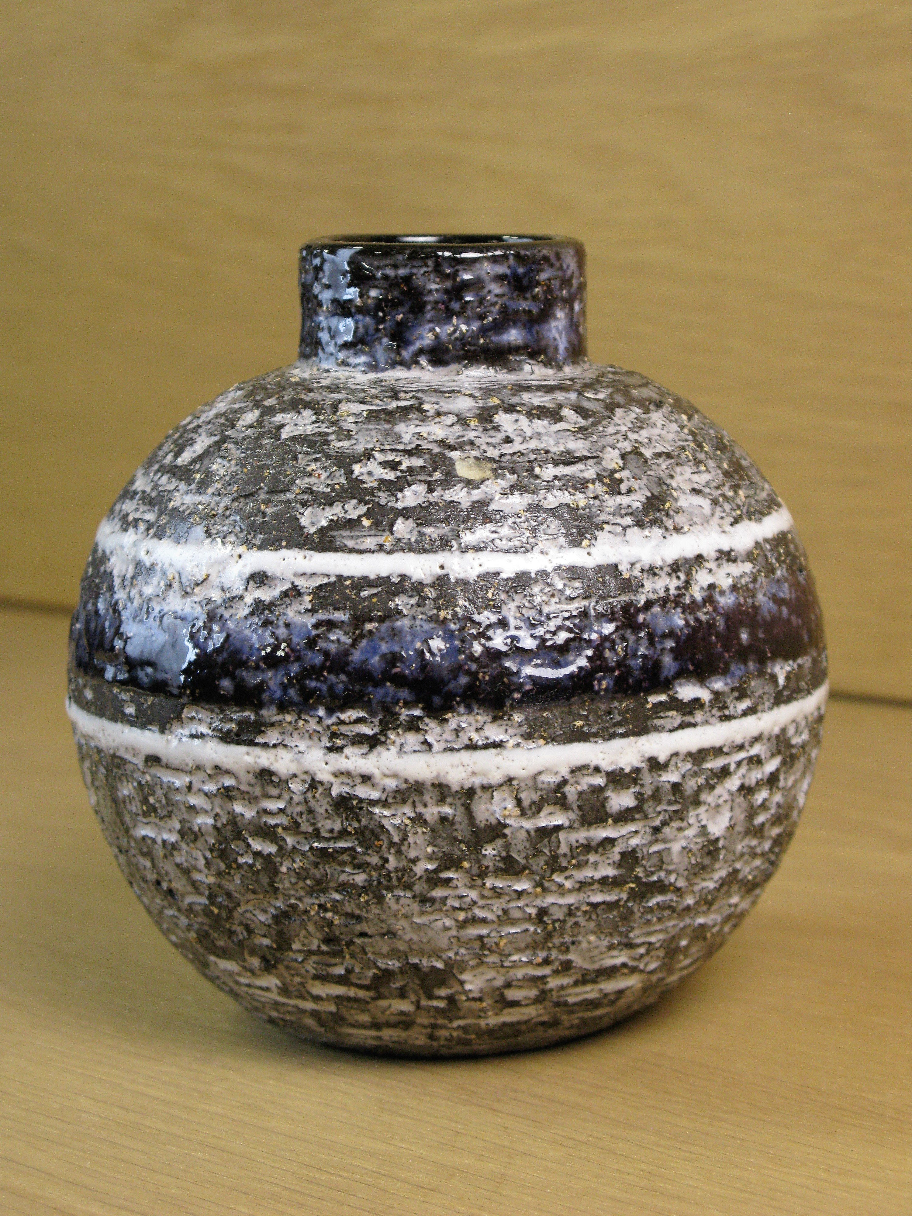 chamotte vase 4330/566