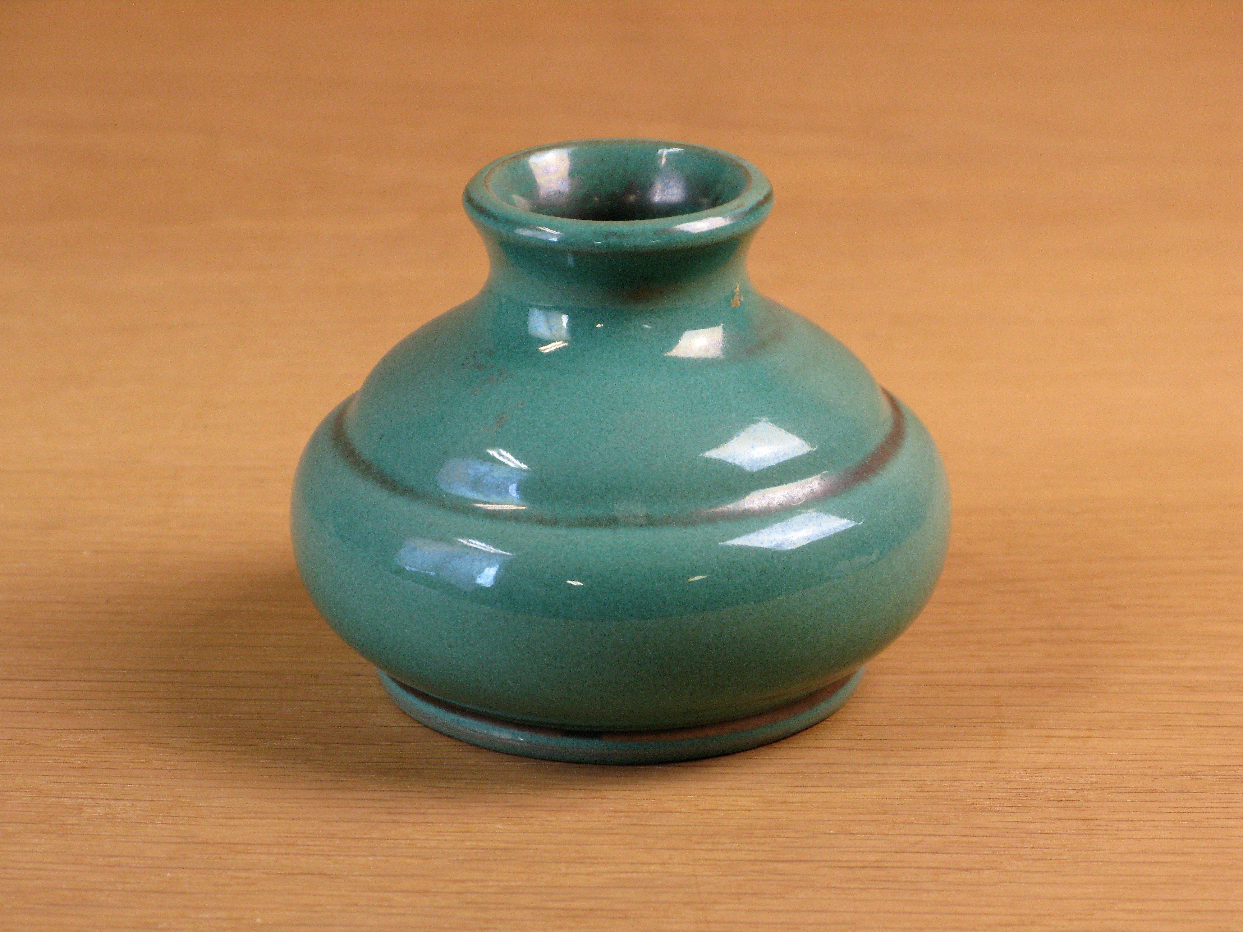 dark green vase 192
